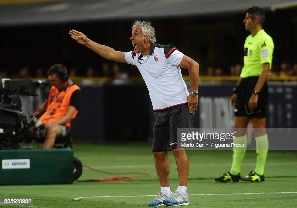Roberto Donadoni head coach of Bologna FC reacts during the Serie A match between Bologna FC and Torino FC at Stadio Renato Dall'Ara on August 20...