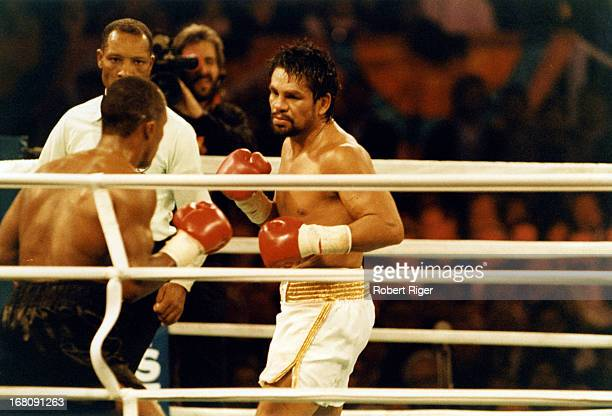 Roberto Duran in action against Sugar Ray Leonard during the WBC Super Middleweight Title fight on December 7 1989 at the Mirage Hotel and Casino in...