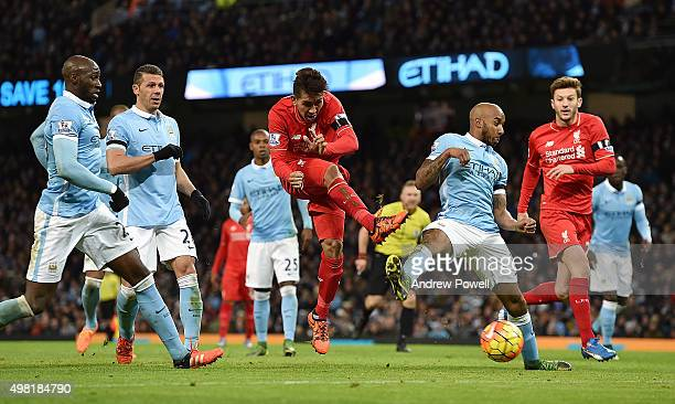 Roberto Firmino of Liverpool comes close during the Barclays Premier League match between Manchester City and Liverpool at Etihad Stadium on November...