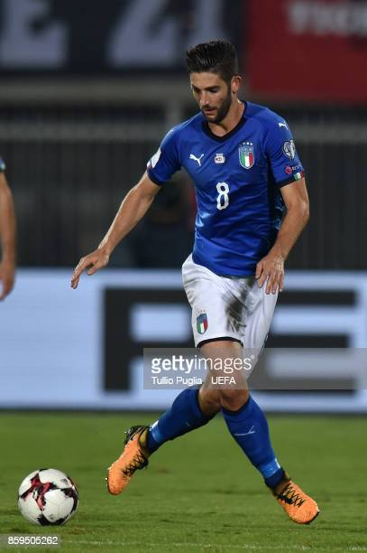Roberto Gagliardini of Italy in action during the FIFA 2018 World Cup Qualifier between Albania and Italy at Loro Borici Stadium on October 9 2017 in...