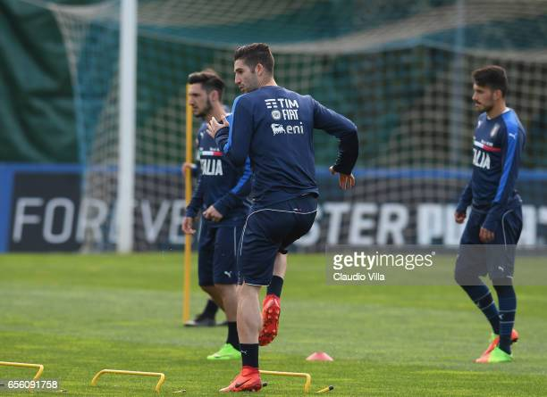 Roberto Gagliardini of Italy in action during the training session at the club's training ground at Coverciano on March 21 2017 in Florence Italy