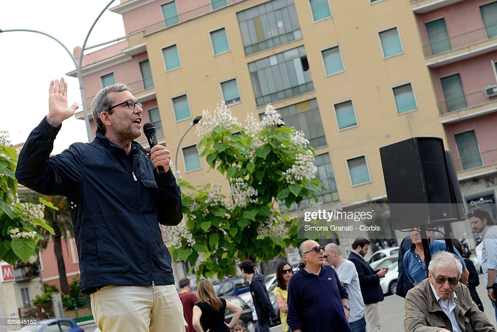 Roberto Giachetti candidate of the center-left for mayor of Rome attends a public meeting in Piazza dei Mirti in Centocelle, on May 28, 2016 in Rome, Italy.