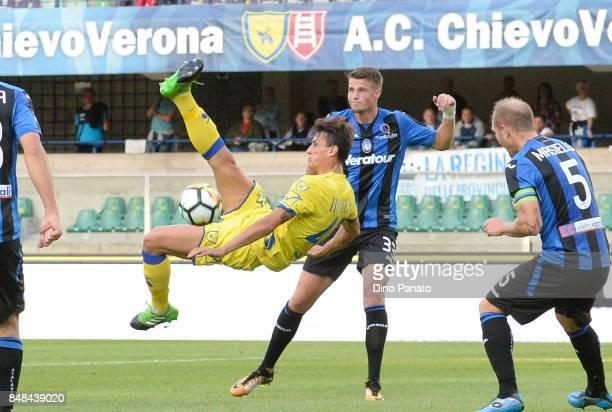 Roberto Inglese of AC Chievo Verona in action during the Serie A match between AC Chievo Verona and Atalanta BC at Stadio Marc'Antonio Bentegodi on...