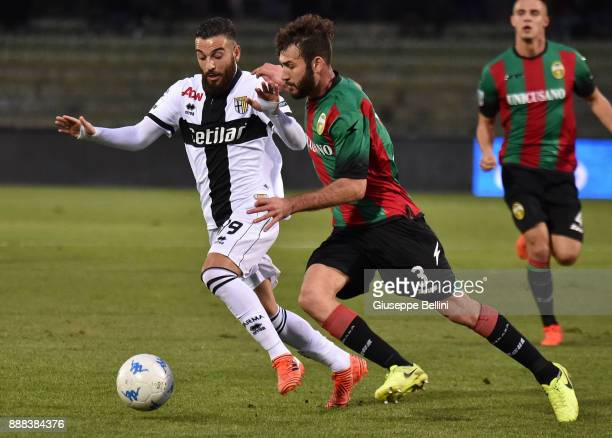 Roberto Insigne of Parma Calcio and Alessandro Favalli of Ternana Calcio in action during the Serie B match between Ternana Calcio and Parma Calcio...