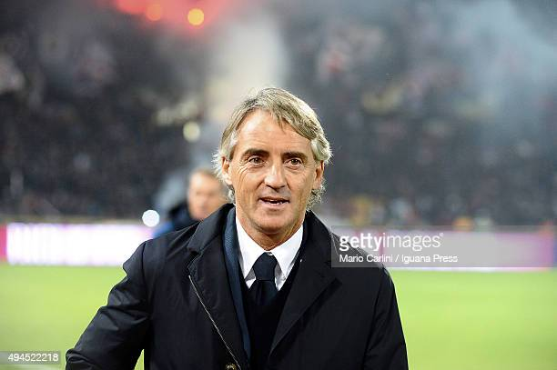 Roberto Mancini head coach of Internazionale Milano looks on prior the beginning of the Serie A match between Bologna FC and FC Internazionale Milano...