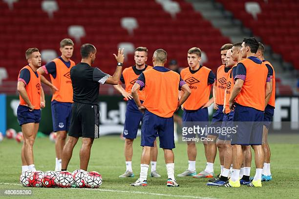 Roberto Martinez manager of Everton conducts training during the Everton FC open training session ahead of the match between Everton and Stoke City...