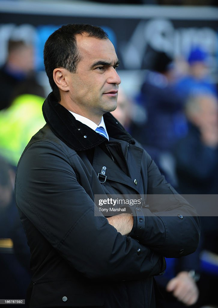 Roberto Martinez, manager of Everton during the Barclays Premier League match between Everton and Tottenham Hotspur at Goodison Park on November 3, 2013 in Liverpool, England.