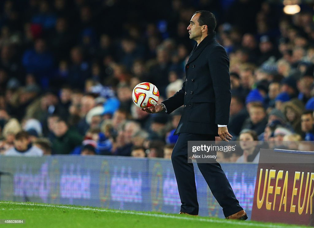 Roberto Martinez manager of Everton holds the match ball during the UEFA Europa League Group H match between Everton FC and LOSC Lille at Goodison Park on November 6, 2014 in Liverpool, United Kingdom.