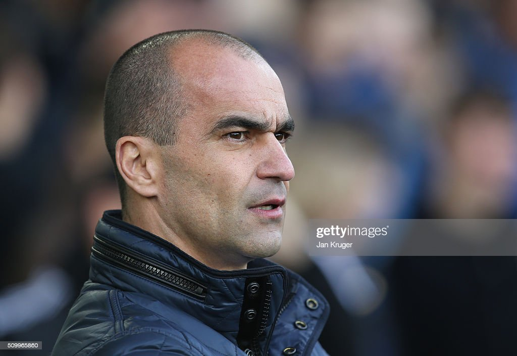 Roberto Martinez Manager of Everton looks on before the Barclays Premier League match between Everton and West Bromwich Albion at Goodison Park on February 13, 2016 in Liverpool, England.