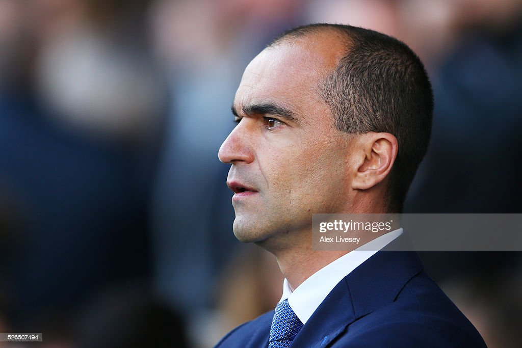 Roberto Martinez Manager of Everton looks on prior to the Barclays Premier League match between Everton and A.F.C. Bournemouth at Goodison Park on April 30, 2016 in Liverpool, England.