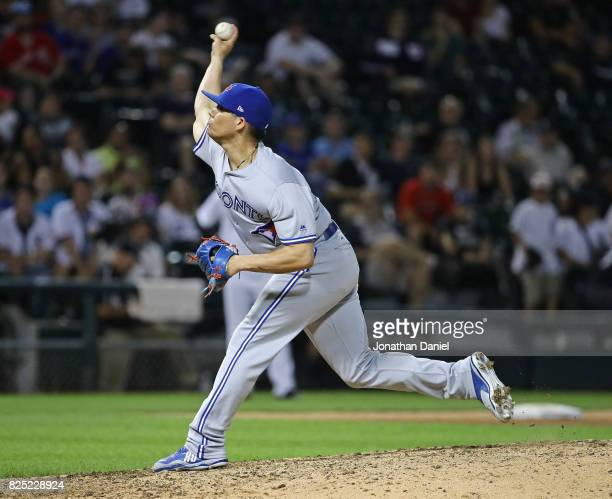 Roberto Osuna of the Toronto Blue Jays oitches in the 9th inning against the Chicago White Sox at Guaranteed Rate Field on July 31 2017 in Chicago...