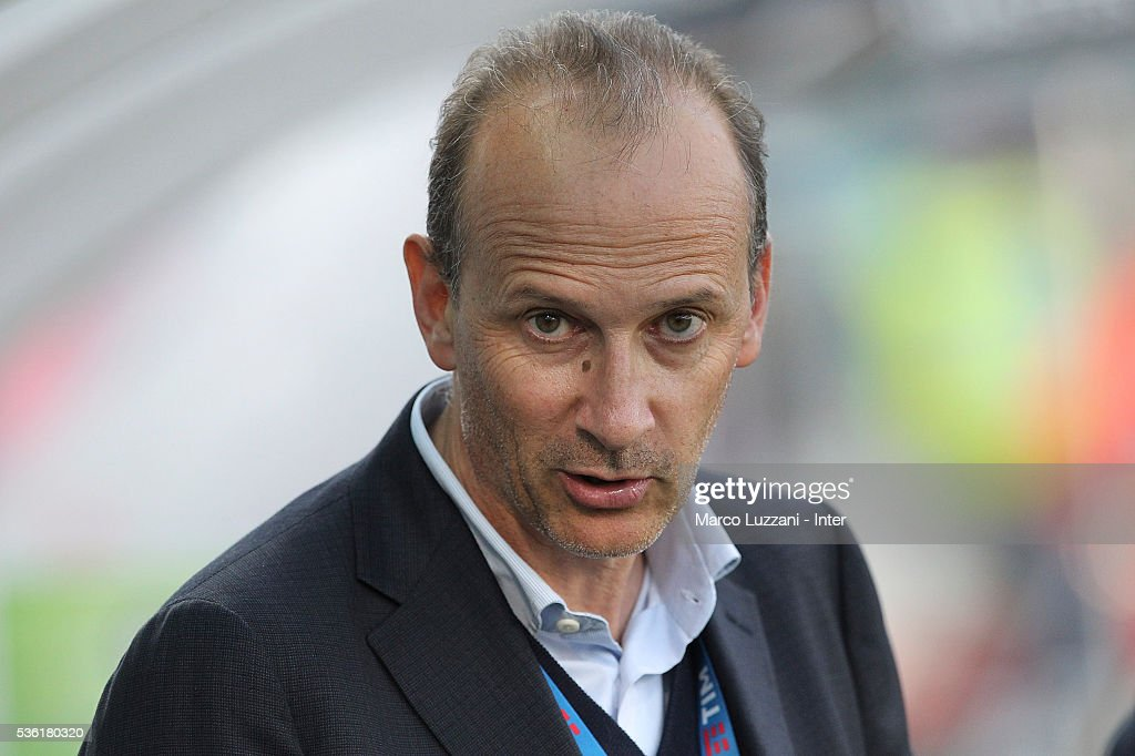 Roberto Samaden look on before the juvenile playoff match between FC Internazionale and AS Roma at Mapei Stadium - Citta' del Tricolore on March 31, 2016 in Reggio nell'Emilia, Italy.