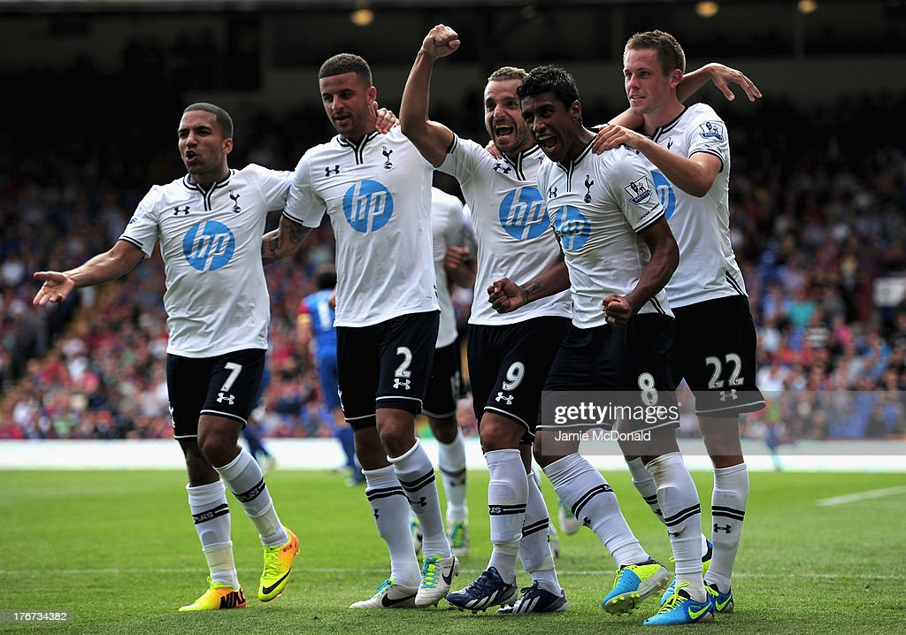 <a gi-track='captionPersonalityLinkClicked' href=/galleries/search?phrase=Roberto+Soldado&family=editorial&specificpeople=2095686 ng-click='$event.stopPropagation()'>Roberto Soldado</a> of Tottenham Hotspur (C) celebrates scoring from the penalty spot with team mates <a gi-track='captionPersonalityLinkClicked' href=/galleries/search?phrase=Aaron+Lennon&family=editorial&specificpeople=453309 ng-click='$event.stopPropagation()'>Aaron Lennon</a>, <a gi-track='captionPersonalityLinkClicked' href=/galleries/search?phrase=Kyle+Walker&family=editorial&specificpeople=5609702 ng-click='$event.stopPropagation()'>Kyle Walker</a>, Paulinho and <a gi-track='captionPersonalityLinkClicked' href=/galleries/search?phrase=Gylfi+Sigurdsson&family=editorial&specificpeople=6401581 ng-click='$event.stopPropagation()'>Gylfi Sigurdsson</a> during the Barclays Premier League match between Crystal Palace and Tottenham Hotspur at Selhurst Park on Augsut 18, 2013 in London, England.