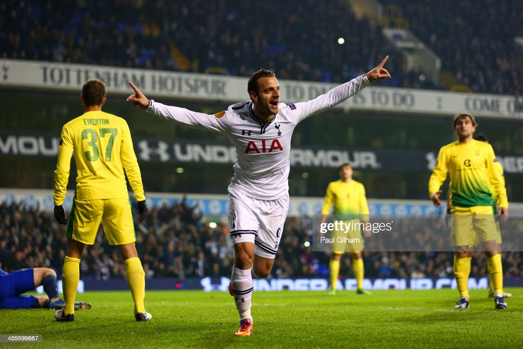 Roberto Soldado of Tottenham Hotspur celebrates scoring their first goal during the UEFA Europa League Group K match between Tottenham Hotspur FC and...