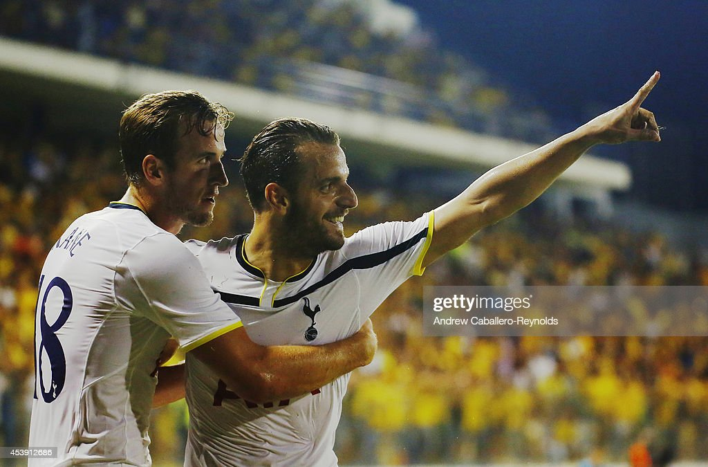 Roberto Soldado Rillo (R) from Tottenham Hotspur celebrates scoring a goal during the AEL Limassol FC v Tottenham Hotspur - UEFA Europa League Qualifying Play-Off match on August 21, 2014 in Larnaca, Cyprus.