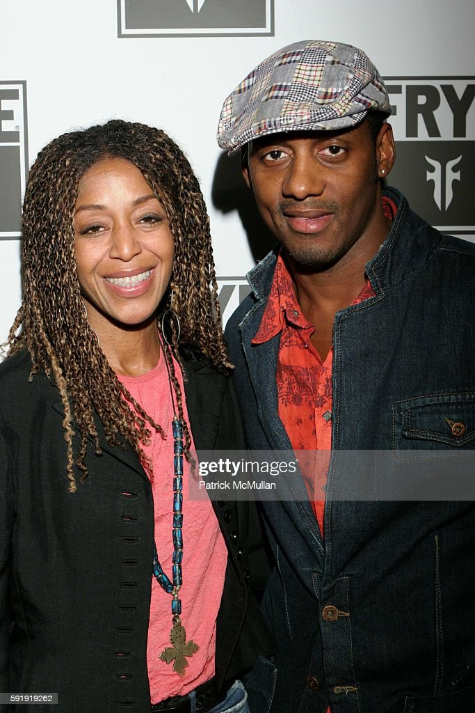 Robi Reed and Wil Young attend Frye Gabrielle Union host LA Fashion Week Party Spring 2006 Arrivals at The Vine Street Lounge on October 22 2005 in...