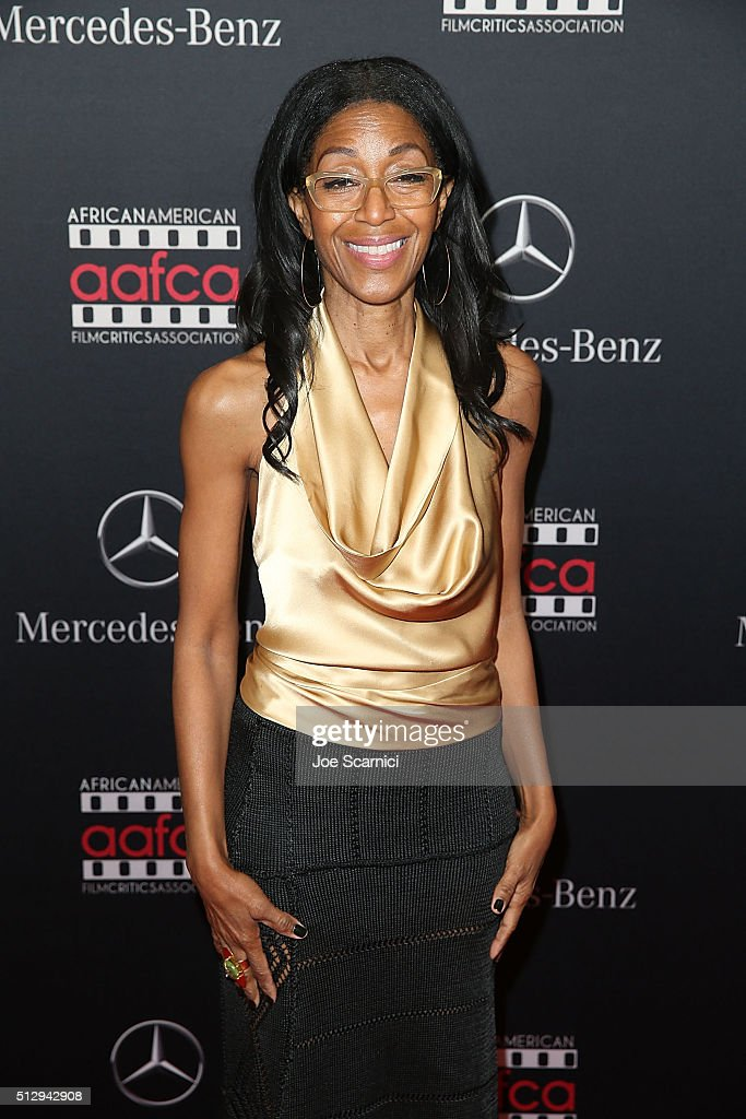 Robi Reed arrives at the MercedesBenz and African American Film Critics Association Oscar viewing party at Four Seasons Hotel Beverly Hills on...