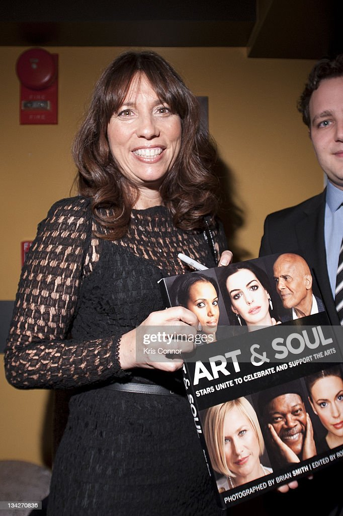 Robin Bronk attends the 'Art & Soul' book signing reception at Lounge 201 on November 29, 2011 in Washington, DC.