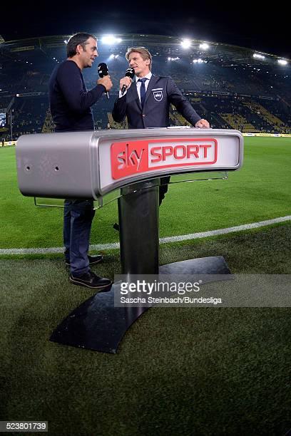 Robin Dutt beim Interview am Sky Sport Kommentatoren Tisch waehrend des Bundesligaspiels zwischen Borussia Dortmund und Werder Bremen im Signal Iduna...