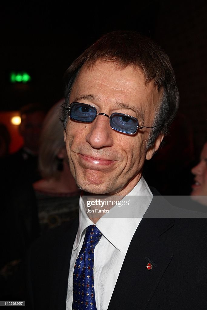 Robin Gibb attends the The Archant London Press Ball on November 17, 2007 in London.