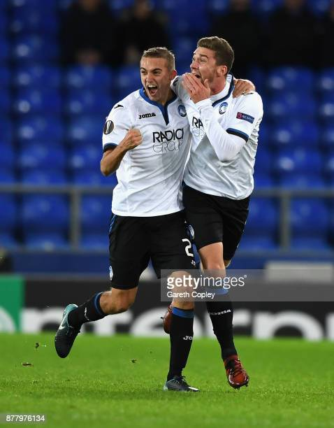 Robin Gosens of Atalanta celebrates after scoring his sides third goal with Timoty Castagne of Atalanta during the UEFA Europa League group E match...
