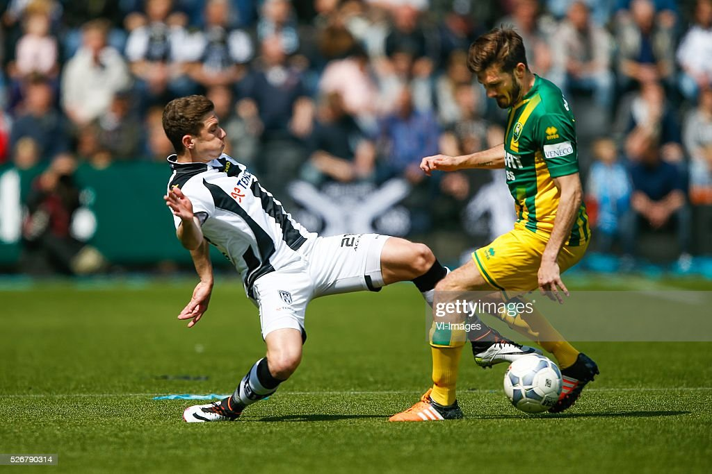 Robin Gosens of Heracles Almelo, Edouard Duplan of ADO Den Haag during the Dutch Eredivisie match between Heracles Almelo and ADO Den Haag at Polman stadium on May 01, 2016 in Almelo, The Netherlands