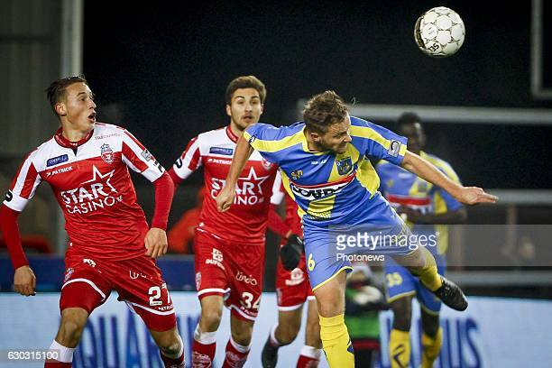 Robin Henkens midfielder of KVC Westerlo during the Jupiler Pro League match between Royal Excel Mouscron and KVC Westerlo at Le Cannonier stadium in...