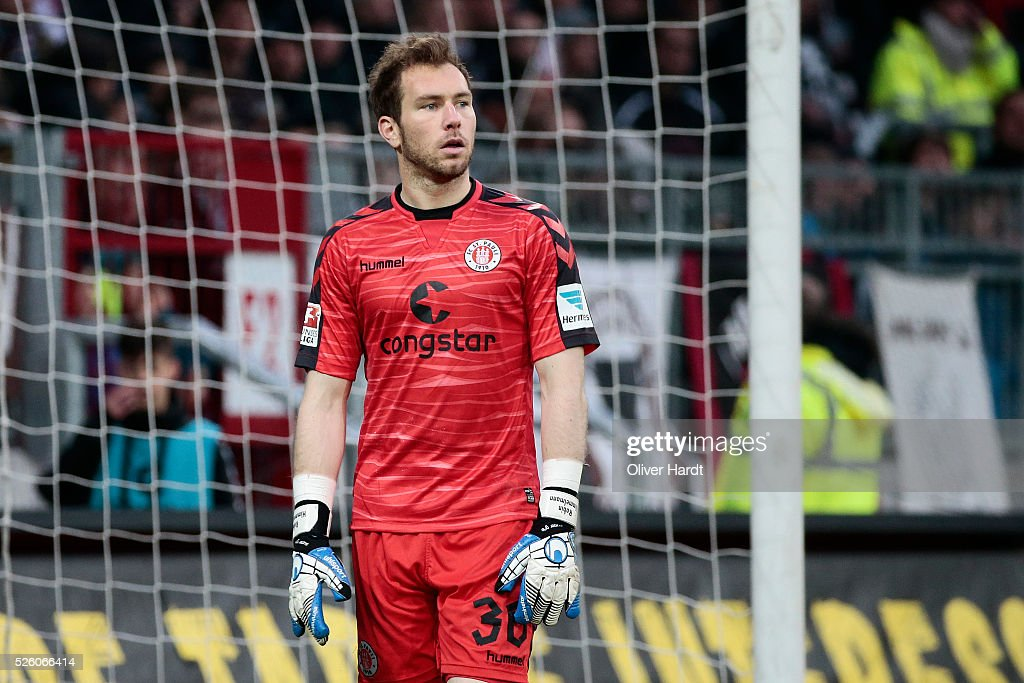 Robin Himmelmann of Hamburg appears frustrated during the Second Bundesliga match between FC St. Pauli and 1860 Muenchen at Millerntor Stadium on April 29, 2016 in Hamburg, Germany.