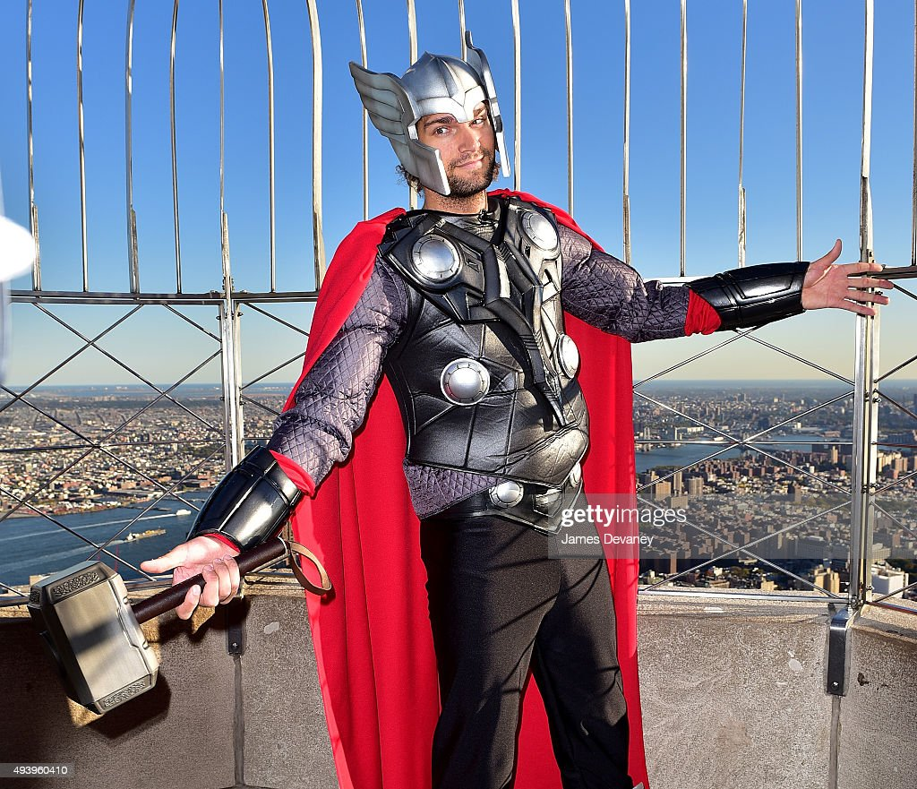 Robin Lopez visits the Empire State Building on October 23 2015 in New York City