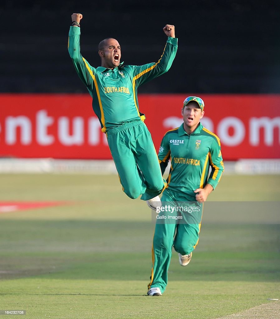 South Africa v Pakistan - 4th One Day International