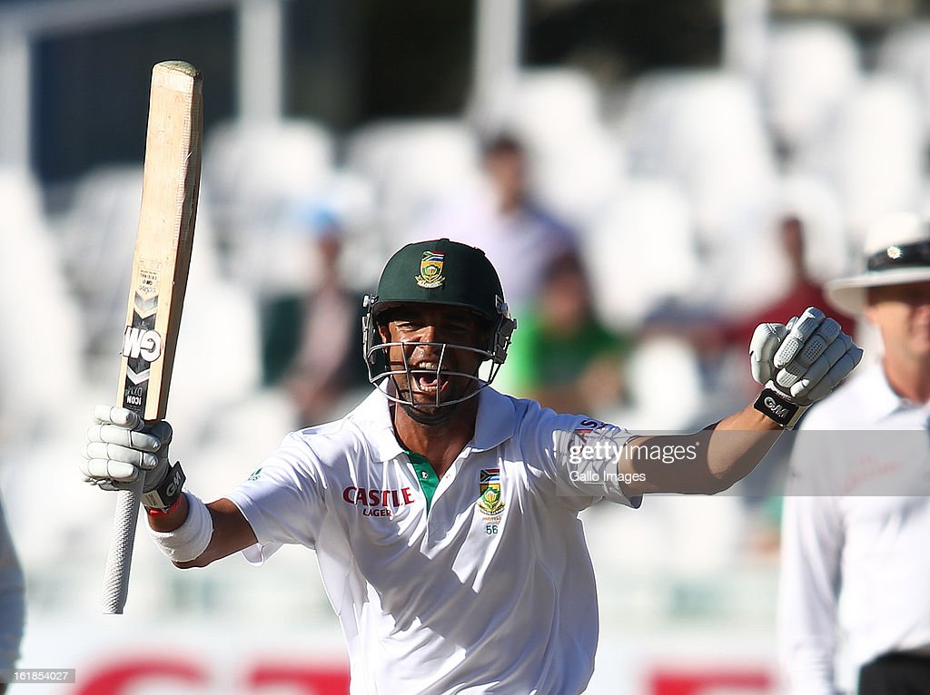<a gi-track='captionPersonalityLinkClicked' href=/galleries/search?phrase=Robin+Peterson&family=editorial&specificpeople=843359 ng-click='$event.stopPropagation()'>Robin Peterson</a> of South Africa celebrates as South Africa beat Pakistan during day 4 of the 2nd Sunfoil Test match between South Africa and Pakistan at Sahara Park Newlands on February 17, 2013 in Cape Town, South Africa.
