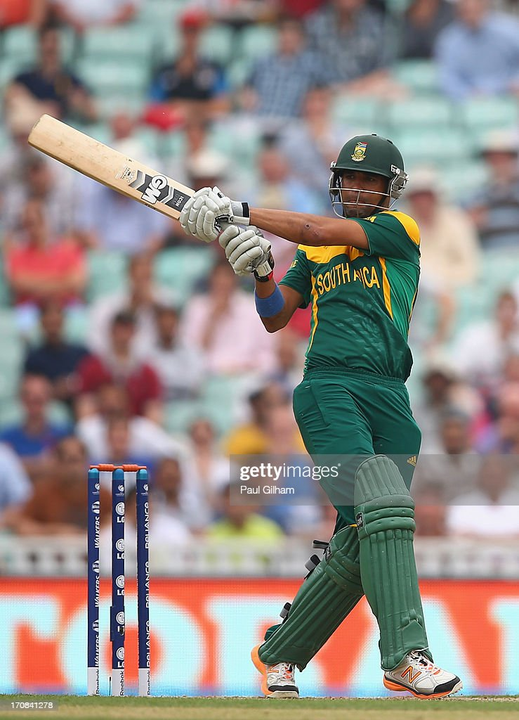 <a gi-track='captionPersonalityLinkClicked' href=/galleries/search?phrase=Robin+Peterson&family=editorial&specificpeople=843359 ng-click='$event.stopPropagation()'>Robin Peterson</a> of South Africa hits out during the ICC Champions Trophy Semi-Final match between England and South Africa at The Kia Oval on June 19, 2013 in London, England.