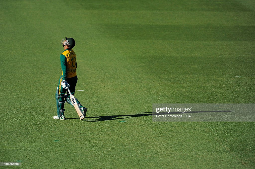 <a gi-track='captionPersonalityLinkClicked' href=/galleries/search?phrase=Robin+Peterson&family=editorial&specificpeople=843359 ng-click='$event.stopPropagation()'>Robin Peterson</a> of South Africa leaves the field after being dismissed by Kelvin Smith of Australia during the Men's International Tour Twenty20 match between the Cricket Australia XI and South Africa at North Sydney Oval on November 2, 2014 in Sydney, Australia.