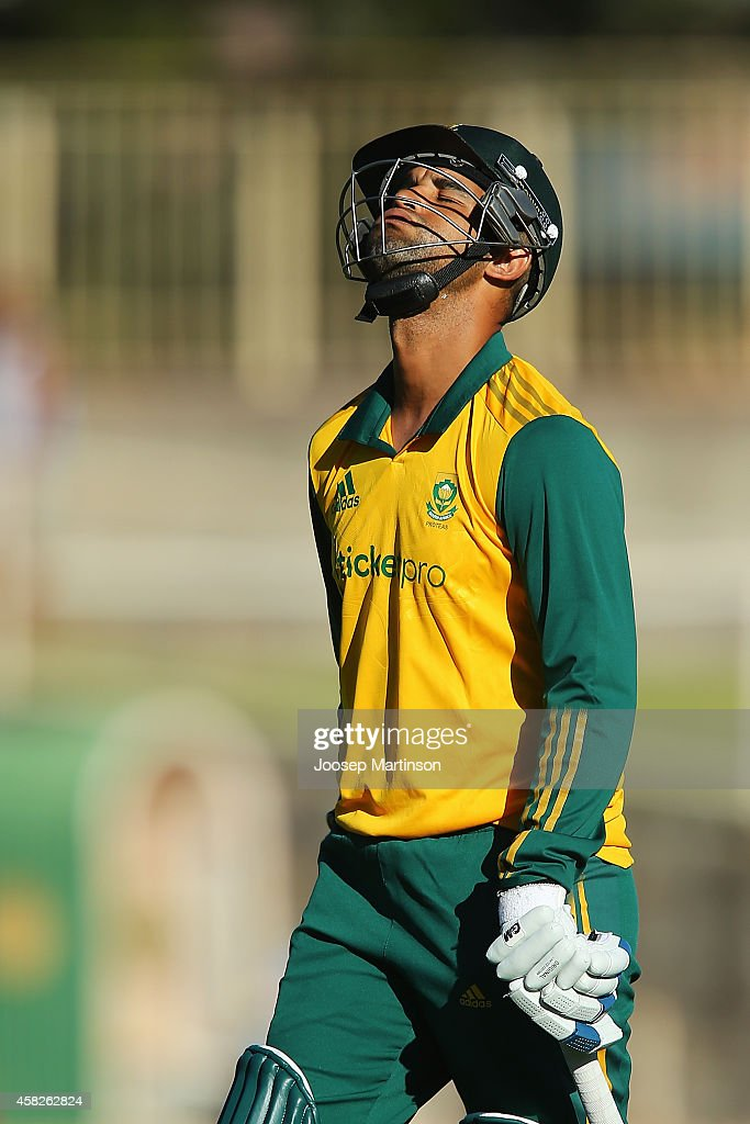 <a gi-track='captionPersonalityLinkClicked' href=/galleries/search?phrase=Robin+Peterson&family=editorial&specificpeople=843359 ng-click='$event.stopPropagation()'>Robin Peterson</a> of South Africa reacts after being dismissed by James Pierson of Australia during the Men's International Tour Twenty20 match between the Cricket Australia XI and South Africa at North Sydney Oval on November 2, 2014 in Sydney, Australia.
