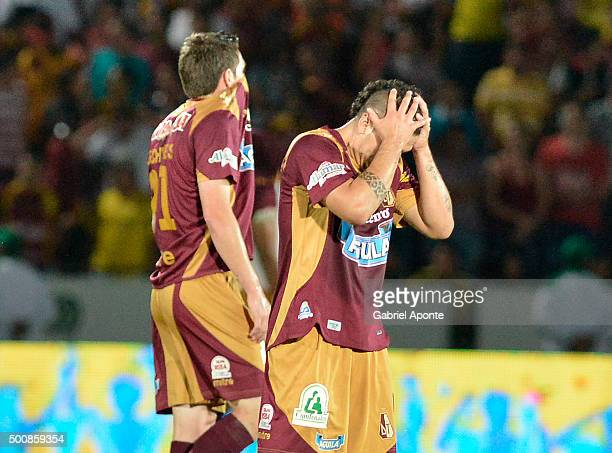 Robin Ramirez of Tolima looks dejected after loosing a first leg match between Deportes Tolima and Ateltico Junior as part of Semi Finals of Liga...