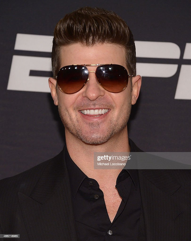 Robin Thicke attends the ESPN The Party at Basketball City - Pier 36 - South Street on January 31, 2014 in New York City.