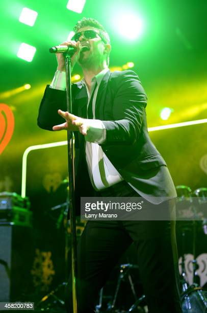 Robin Thicke performs onstage during Y100's Jingle Ball 2013 Presented by Jam Audio Collection at BBT Center on December 20 2013 in Miami Florida