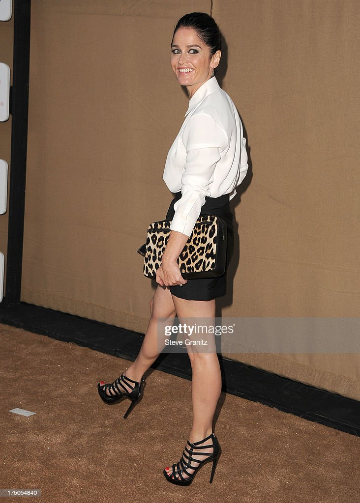 <a gi-track='captionPersonalityLinkClicked' href=/galleries/search?phrase=Robin+Tunney&family=editorial&specificpeople=217771 ng-click='$event.stopPropagation()'>Robin Tunney</a> arrives at the Television Critic Association's Summer Press Tour - CBS/CW/Showtime Party at 9900 Wilshire Blvd on July 29, 2013 in Beverly Hills, California.