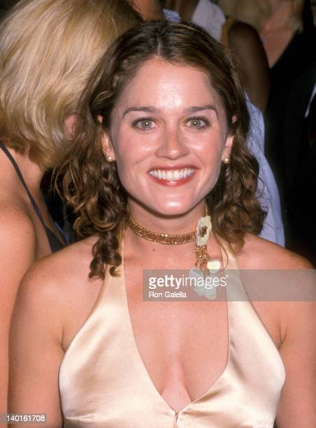 Robin Tunney at the Jennifer Lopez and Stuff Magazine MTV Video Music Awards Party Man Ray New York City