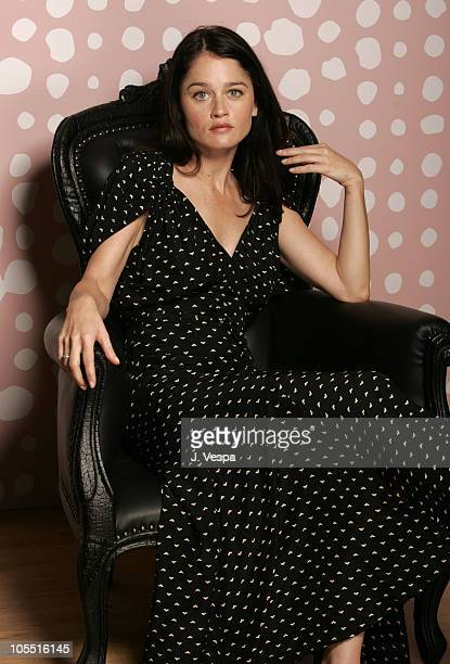 Robin Tunney during 2005 Toronto Film Festival 'Runaway' Portraits at HP Portrait Studio in Toronto Canada