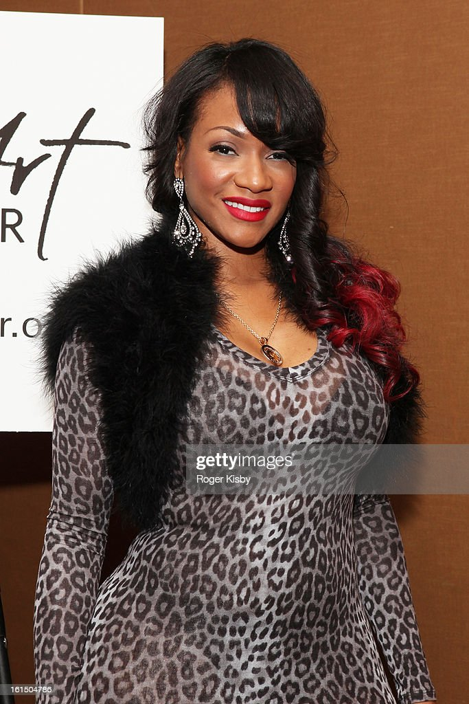 Robin V attends Doing Art Together honors Swizz Beats and Dr. George Williams at Mandarin Oriental Hotel on February 11, 2013 in New York City.