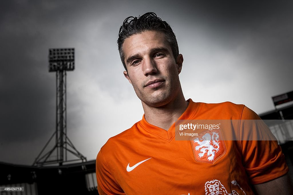 <a gi-track='captionPersonalityLinkClicked' href=/galleries/search?phrase=Robin+van+Persie&family=editorial&specificpeople=214179 ng-click='$event.stopPropagation()'>Robin van Persie</a> during the team presentation of The Netherlands for the world Cup 2014 in Brazil on June 3, 2014 at Alkmaar, The Netherlands.