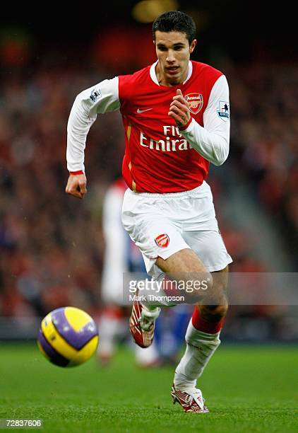 Robin Van Persie of Arsenal in action during the Premiership match between Arsenal and Portsmouth at the Emirates Stadium on December 16 2006 in...