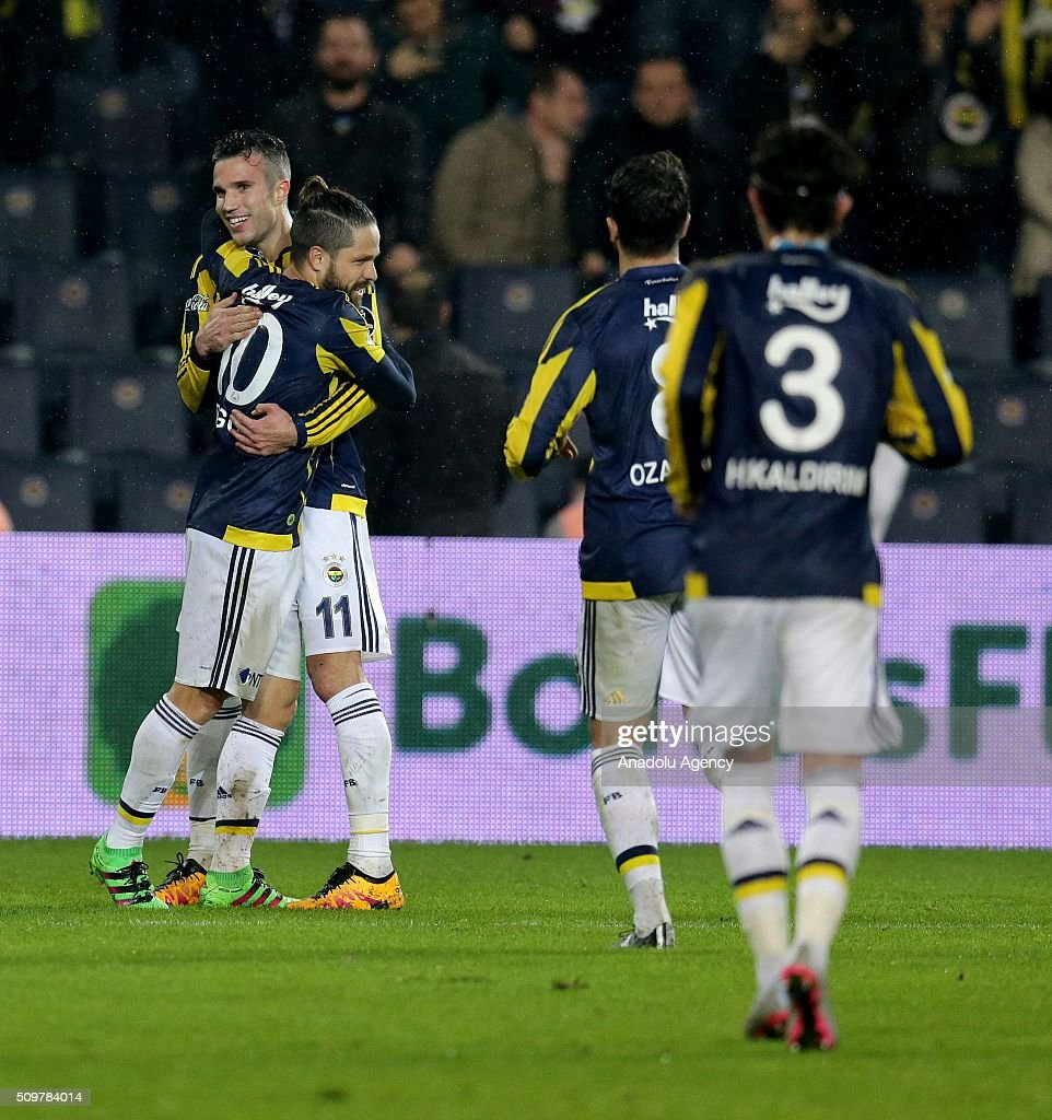Robin Van Persie (L 2) of Fenerbahce celebrates after scoring a goal during Turkish Spor Toto Super Lig football match between Fenerbahce and Kasimpasa at Fenerbahce Sukru Saracoglu Sports Complex in Istanbul, Turkey on February 12, 2016