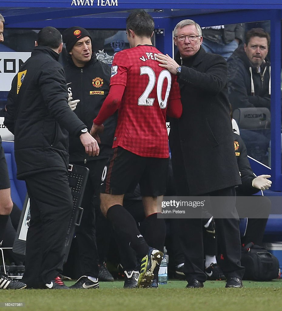 Robin van Persie of Manchester United is substituted during the Barclays Premier League match between Queens Park Rangers and Manchester United at Loftus Road on February 23, 2013 in London, England.
