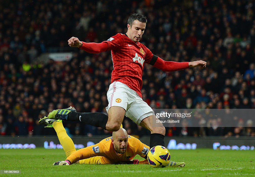 Robin van Persie of Manchester United scores his team's second goal during the Barclays Premier League match between Manchester United and Everton at Old Trafford on February 10, 2013 in Manchester, England.