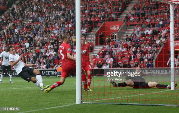 Robin van Persie of Manchester United scores their second goal during the Barclays Premier League match between Southampton and Manchester United at...