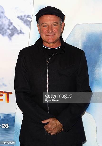 Robin Williams arrives at the Happy Feet 2 Australian Premier at Hoyts Cinema on December 4 2011 in Sydney Australia