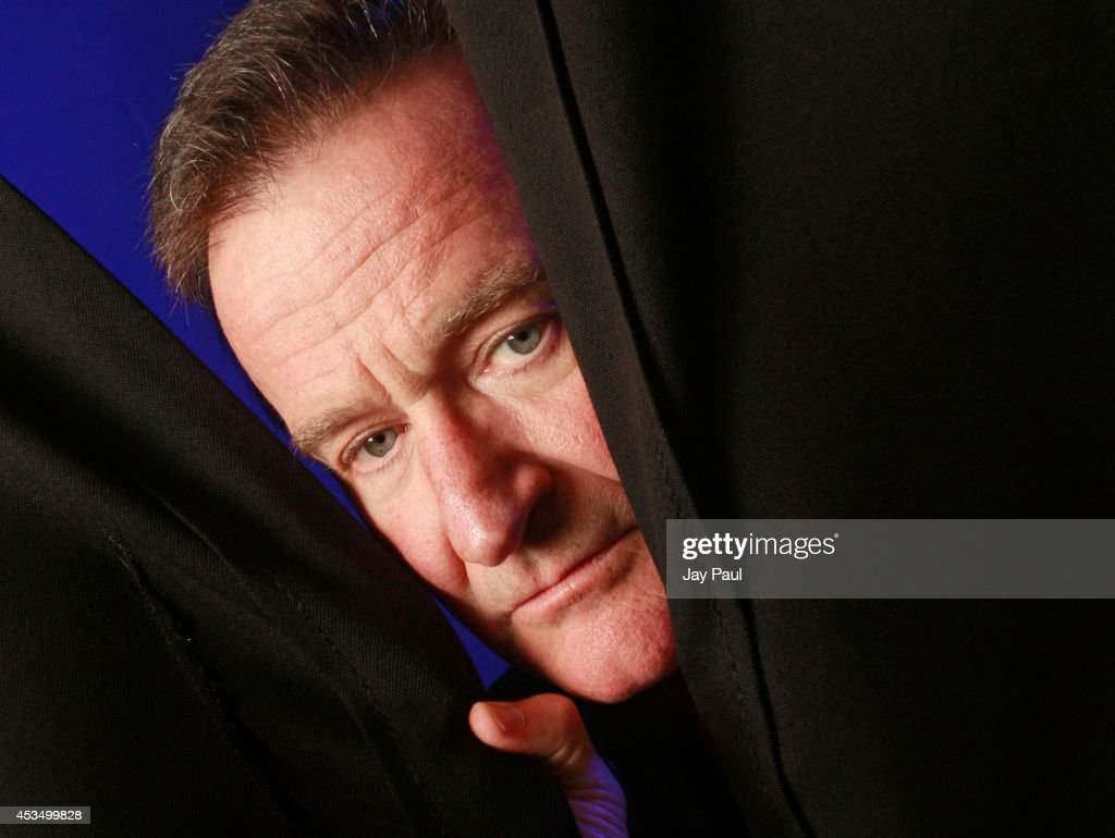 <a gi-track='captionPersonalityLinkClicked' href=/galleries/search?phrase=Robin+Williams&family=editorial&specificpeople=174322 ng-click='$event.stopPropagation()'>Robin Williams</a> photographed backstage before his performance at the Ted Constant Convocation Center during a 30-city tour October, 26, 2009 in Norfolk, Virginia.