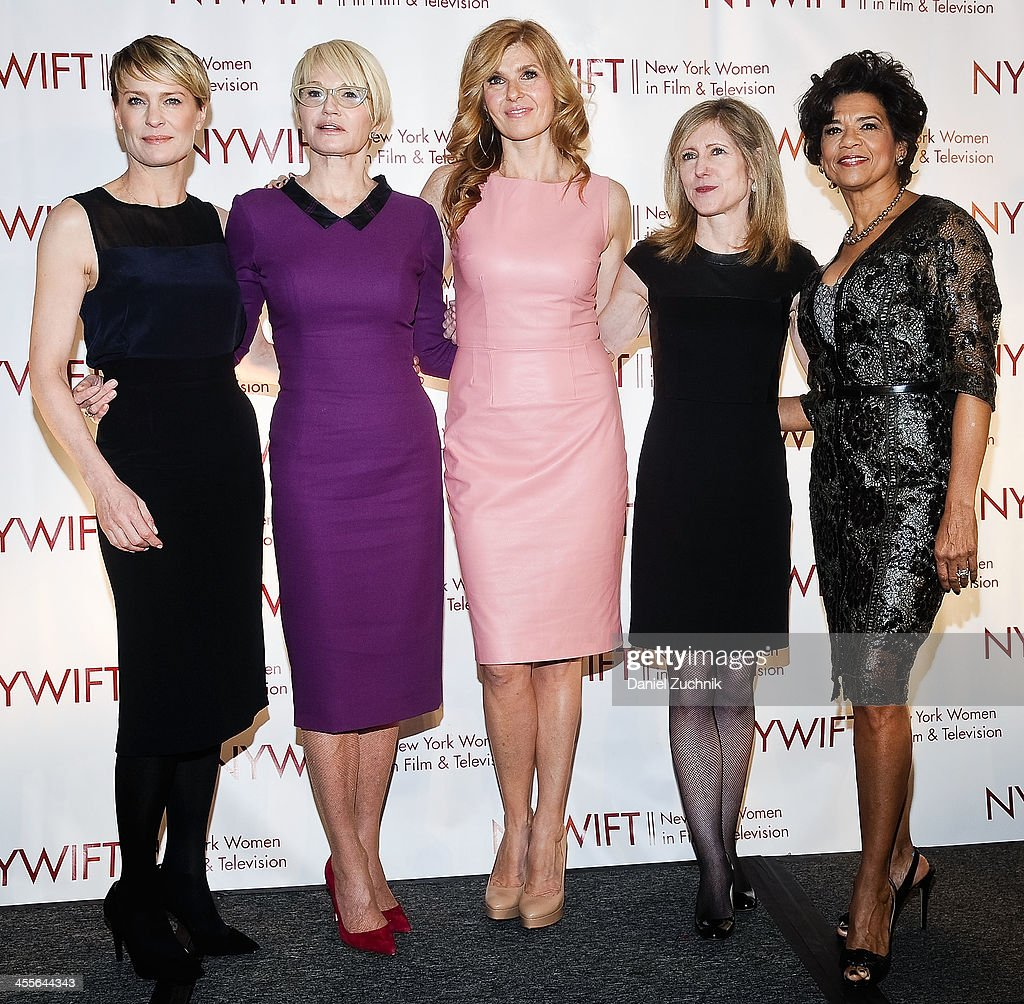 <a gi-track='captionPersonalityLinkClicked' href=/galleries/search?phrase=Robin+Wright&family=editorial&specificpeople=207147 ng-click='$event.stopPropagation()'>Robin Wright</a>, <a gi-track='captionPersonalityLinkClicked' href=/galleries/search?phrase=Ellen+Barkin&family=editorial&specificpeople=202496 ng-click='$event.stopPropagation()'>Ellen Barkin</a>, <a gi-track='captionPersonalityLinkClicked' href=/galleries/search?phrase=Connie+Britton&family=editorial&specificpeople=234699 ng-click='$event.stopPropagation()'>Connie Britton</a>, Frances Berwick and <a gi-track='captionPersonalityLinkClicked' href=/galleries/search?phrase=Sonia+Manzano&family=editorial&specificpeople=2662541 ng-click='$event.stopPropagation()'>Sonia Manzano</a> attend New York Women In Film And Television's 33rd Annual Muse Awards at New York Hilton on December 12, 2013 in New York City.